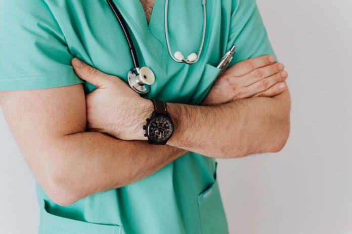 Jakie są objawy ciąży pozamacicznej?