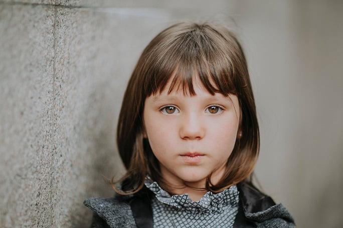Kiedy dziecku zmienia się kolor oczu?